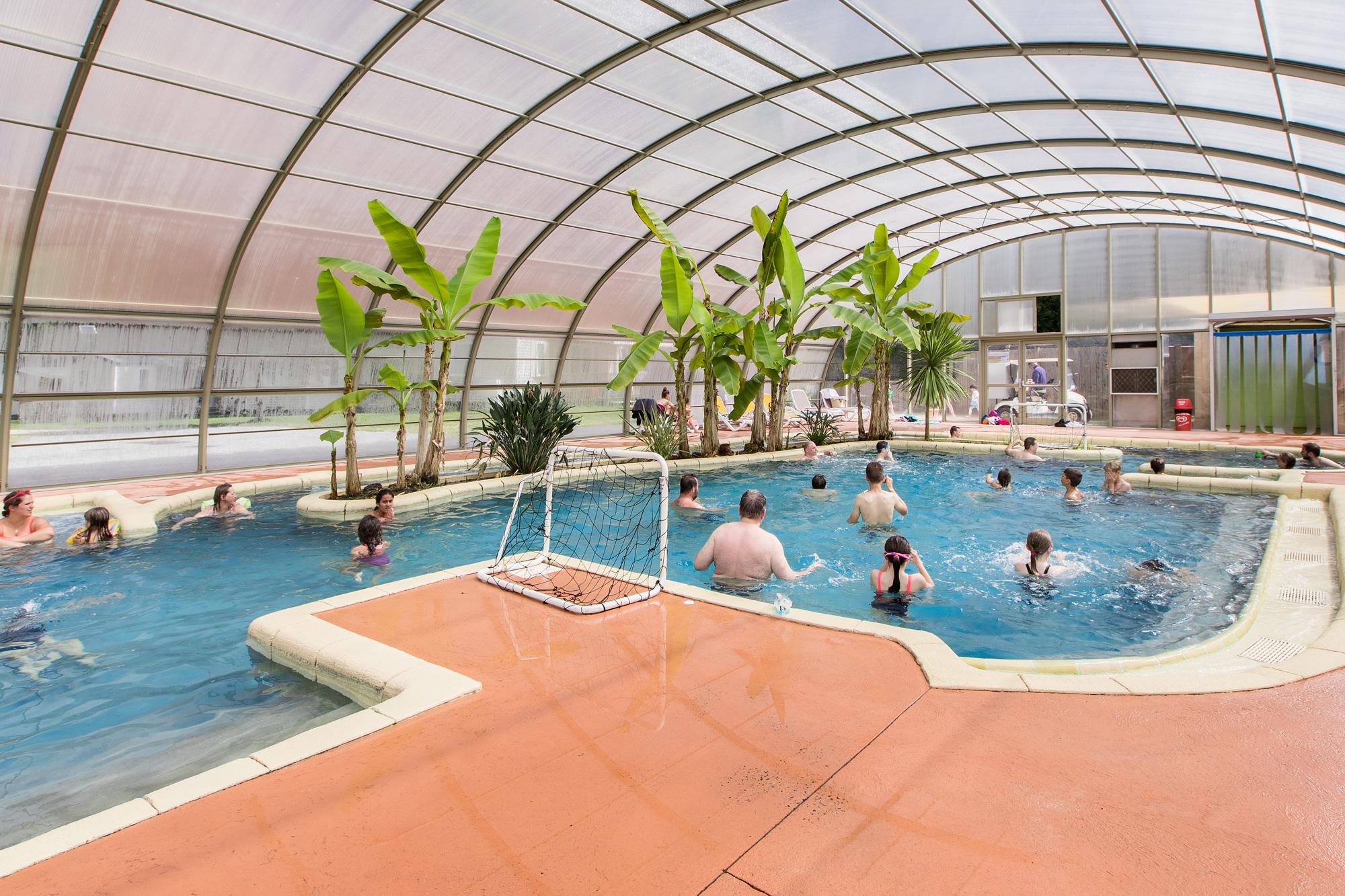 Camping piscine chauff e saint malo complexe aquatique for Camping embrun avec piscine