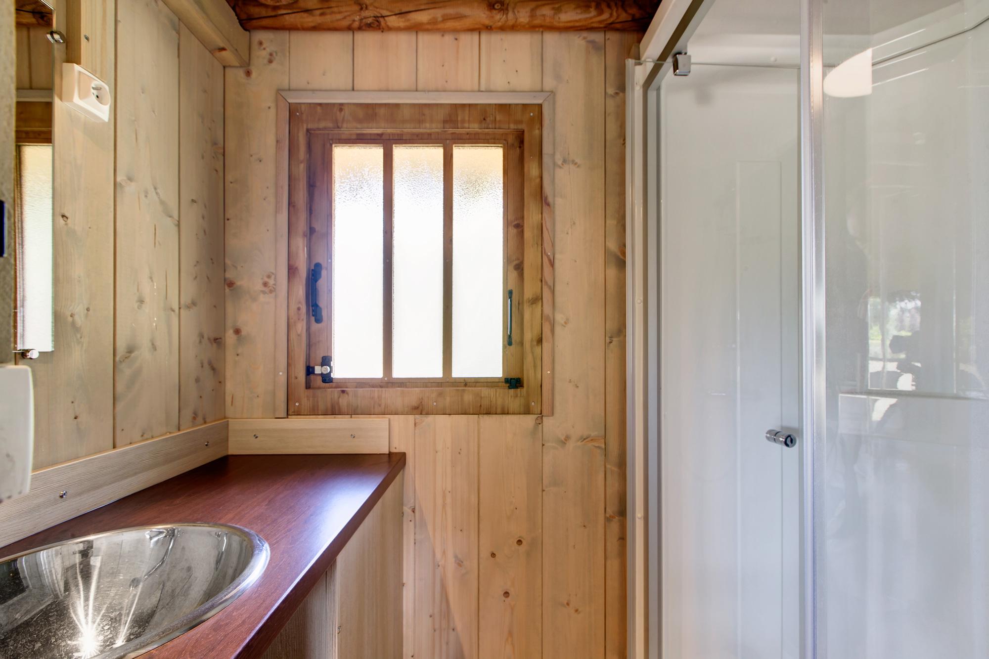 Location de vacances Cabanes Lodges 2 Chambres – Grand Confort €